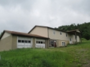 Residential Real Estate Auction-Creekside PA