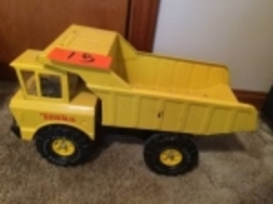 Vintage Toy, Stamp, and Household Auction-Ellwood City