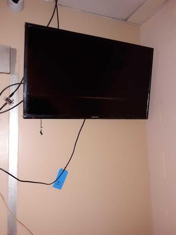 Element 35 inch screen flat TV - mounted to wall - needs to