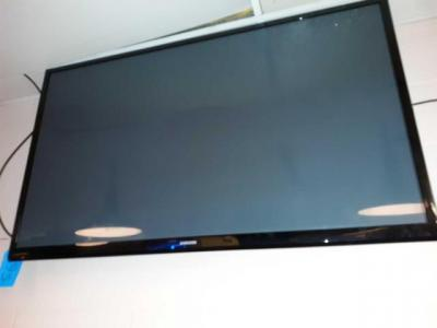 Samsung 50-inch flat screen TV - needs to be removed - bring