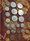 "LOT OF COINS - 1928 GREAT BRITAIN SILVER 3 PENCE ""C"" IN CENTER OF THE BACK - 1977 10 PESOS MEXICO - 1971 1/2 FRANC - 1950 1 PFENNIG GERMAN - 1954 APAXMH - 1979 50 PFENNIG - 1975 20C MEXICO UNITED STATES  - 1955 CRATIA 6 PENCE - 1915 CUBAN CINCO CENTAVOS -"