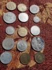 LOT OF COINS - 1966 BRITISH COIN - 1970 5 NEW PENCE BRITISH - 1972 UN PESO MEXICAN UNITED STATES - NO VALUE COIN - 1948 5 BELG - 1972 MEXICAN UNITED STATES UN PESO - 25 CENT NIAGARA FALLS CASINO COIN - 1975 MEXICAN  50 CENTAVOS - BEARS COIN NO CASH VALUE