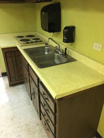 Kitchen Cabinets Countertops Sink Electric Cooktop Towel And Soap Dispensers