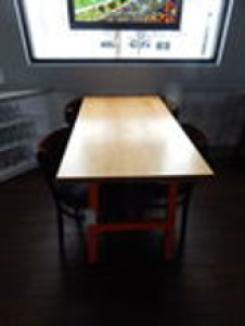 (X3) Pub Tables 2.5'x5'x2.5