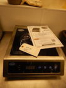 Globe Counter Top Induction Range 1800 Watt