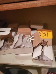 9 boxes of 4 snowflake napkin rings