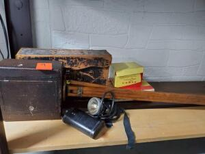vintage camera - please see all the pictures