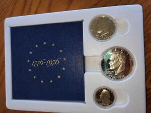 Uncirculated 1776-1976 encased coin set