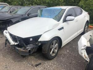 WHITE 2015 KIA OPTIMA