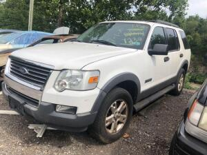 WHITE 2006 FORD EXPLORER
