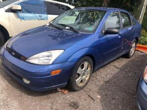 BLUE 2003 FORD FOCUS