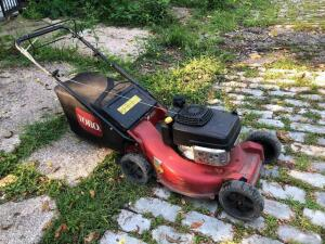 Toro commercial mower - self propelled with bagger - Kawasaki engine