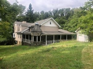 3141 Crab Hollow Rd. Pittsburgh, PA 15235