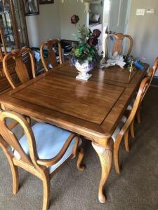 "Lexington Dining room set – six chairs – table-66"" x 44"" - has 2 additional leaves still in box  - includes table padding"