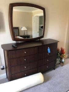"Thomasville dresser with mirror (dresser is 20""x39""x69"")"