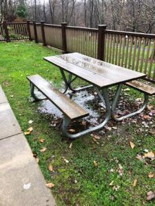 Outdoor picnic table 6' long