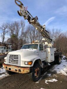 1997 Ford F-Series F800 pole setter truck - Terex commander boom 3 stage 45ft reach - VIN: 1FDXf80cxwva32659 - diesel - meter reads 70,706 miles