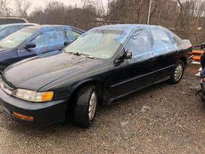 GREEN, 1996, HONDA/ACCORD, 1HGCD5650TA252624, LKM 147,734