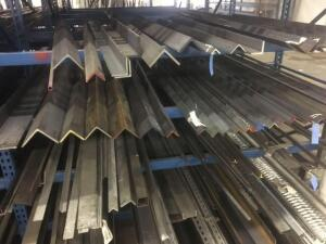 Lot of steel hot rolled angle. Lengths 12-20'
