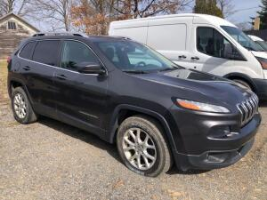 2015 Jeep Cherokee Latitude 4x4 - *RUNS - has NEW BATTERY* - power windows/locks - Bluetooth- back up camera - approx. 75,000 miles - Multiair 2.4L engine - VIN: 1C4PJMCB4FW513869 - inspection expired 10/19 *has title*