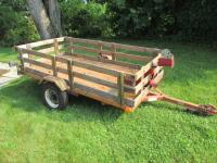 8 ft x 4.5 ft utility trailer - Plate: 48950594 with motorcycle stand