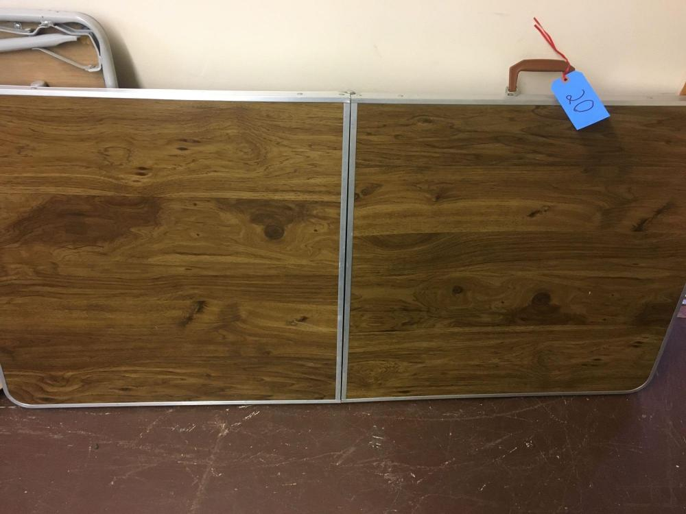 5 foot x 2 1 2 foot wide folding table
