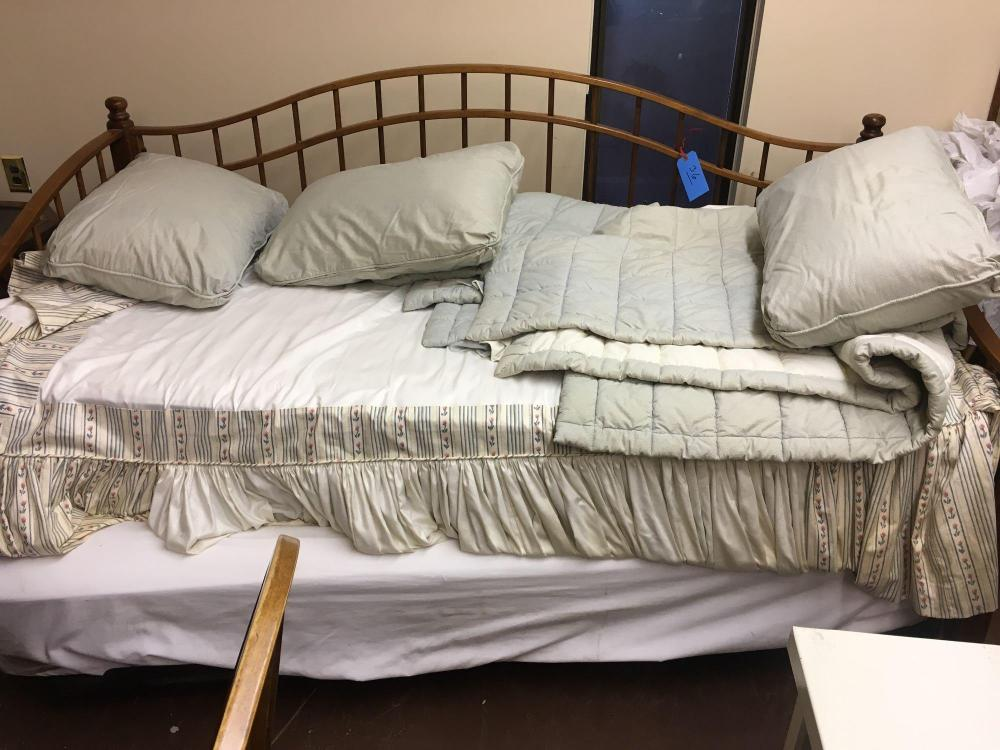 Lot 36 Of 525 Ethan Allen Wood Framed Daybed Trundle Bed Custom Made Skirt And Covers