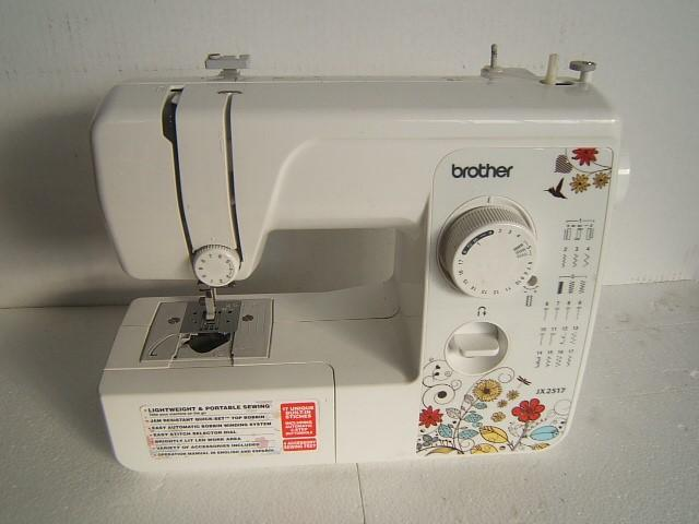 Brother 40 Stitch Sewing Machine JX2540 Walmart Display Unit Best Brother 17 Stitch Sewing Machine