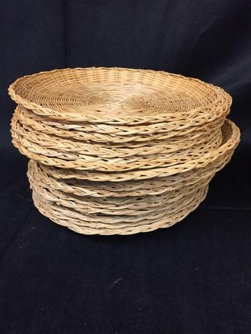 Lot 56 of 280 Wicker paper plate holders u2013 plastic paper plate holders with cup holder & Wicker paper plate holders u2013 plastic paper plate holders with cup holder