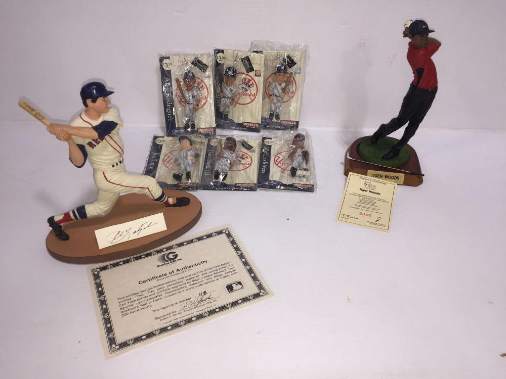 Sports Memorabilia Tiger Woods Figurine With Certificate Of