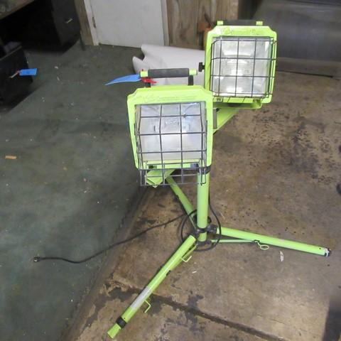 Lot 10 Of 268 Commercial Electric Portable Work Light Stand And Two Lights