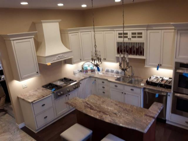 Lot 1 of 44: Showplace kitchen cabinets with granite counter tops - Concord maple brushed vintage soft cream with oatmeal - soft close doors and drawers ...